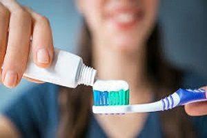نگهداری از دندان ایمپلنت شده