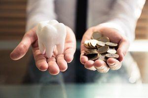 قیمت ایمپلنت دندان به چه عواملی و فاکتورهایی بستگی دارد؟