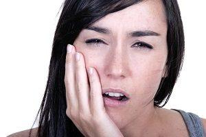 درمان درد ایمپلنت دندان بعد از جراحی چیست؟